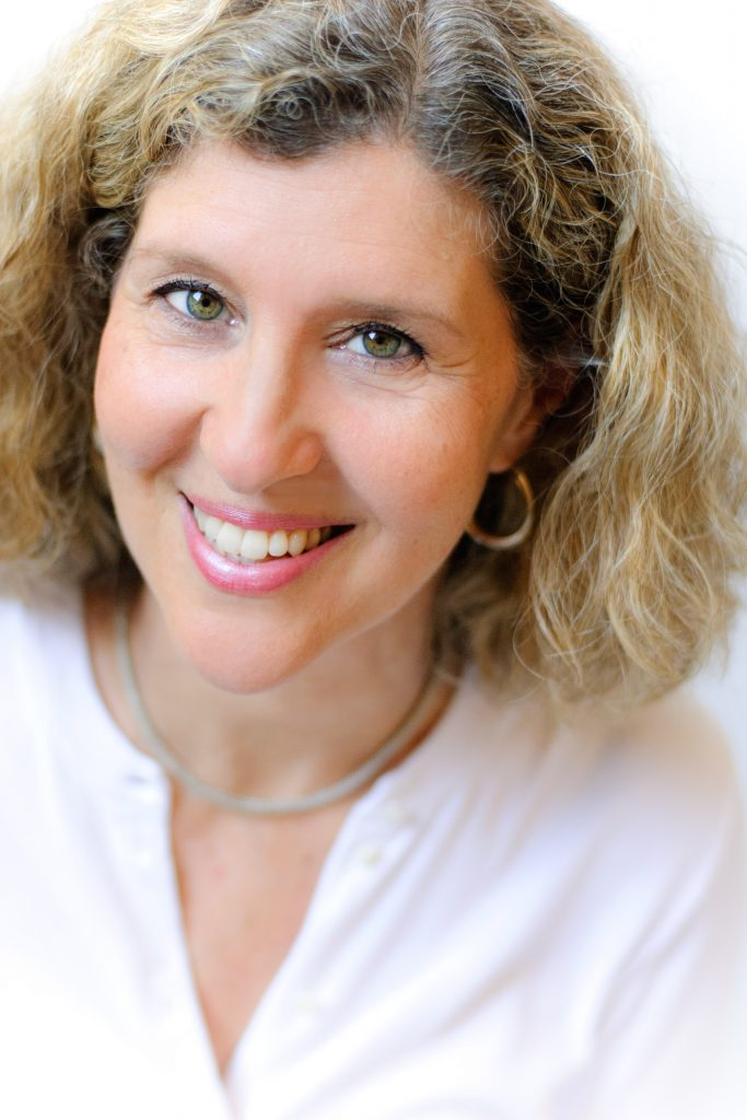 Leslie Azaroff, MA, RDN